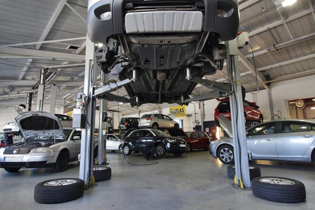 Chłodny Części samochodowe używane, akcesoria samochodowe, szrot, warsztat AY56